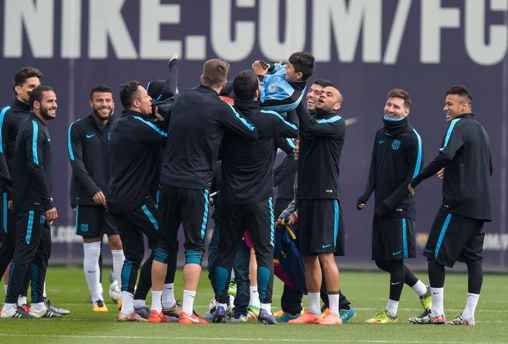 chicos entrenamiento Barcelona 2