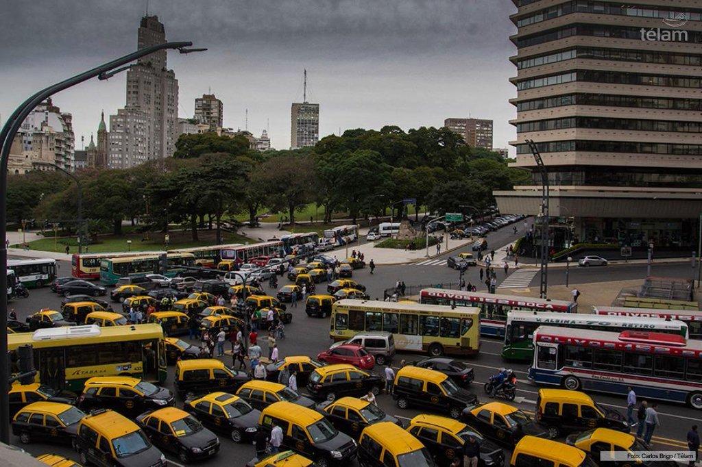 El Gobierno porteño lanzó una ofensiva contra Uber
