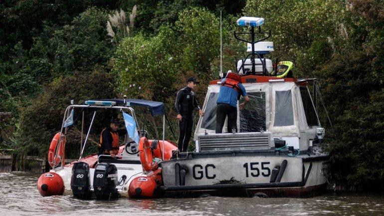 Murió la ex esposa de Federico Storani y buscan a su hijo tras un accidente en el Río Luján