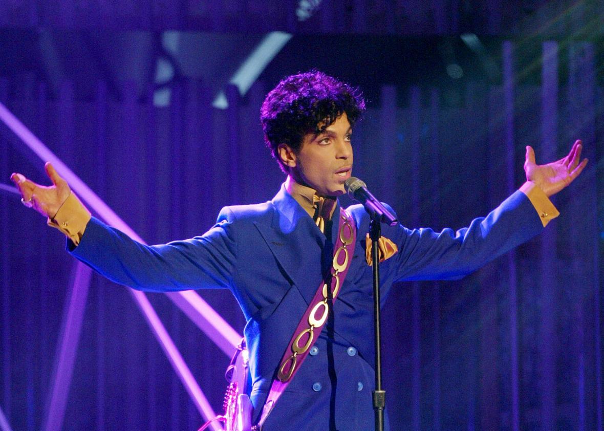 Prince fue encontrado muerto en su residencia de Minnesota