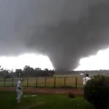 Tornado en Uruguay dejó al menos cuatro muertos y varios heridos