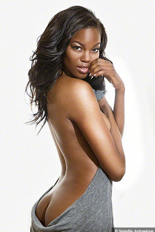 Skinny American Model Nude 57