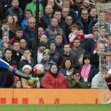 Leicester empató con Manchester United y postergó el grito de campeón