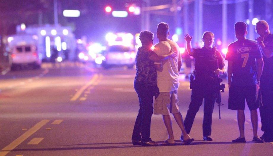50 muertos por un tiroteo en un bar gay de Orlando