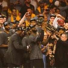 Histórico triunfo de Cleveland que se consagró en la casa de los Warriors