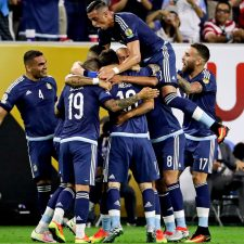 Argentina apabulló a Estados Unidos y llegó a la final nuevamente