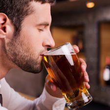 Cerveza: estudio asegura que favorece la longevidad