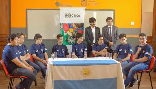 Argentinos ganadores de la RoboCup 2016