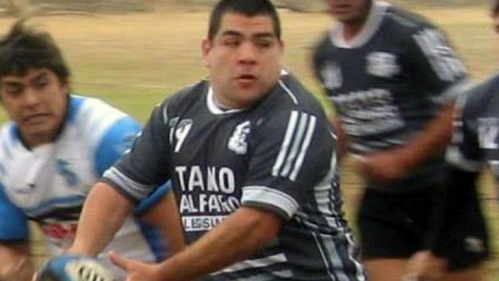 Impactantes fotos le arrancaron el dedo en un partido de rugby