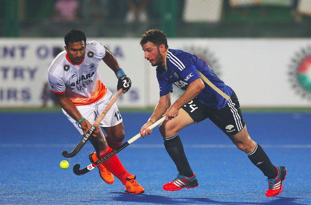 Leones vs India