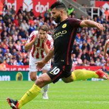 Agüero anotó por duplicado para Manchester City