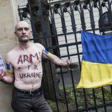 Atentado en embajada rusa de Ucrania