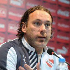 Milito dejó de ser el entrenador de Independiente