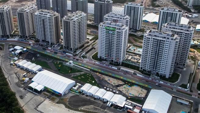 La Villa Olímpica con sus 31 edificios de departamentos para los deportistas