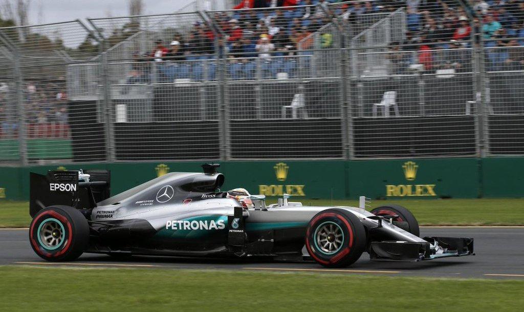 F1 Hamilton se llevó la pole en un muy mal debut del nuevo sistema de clasificación1
