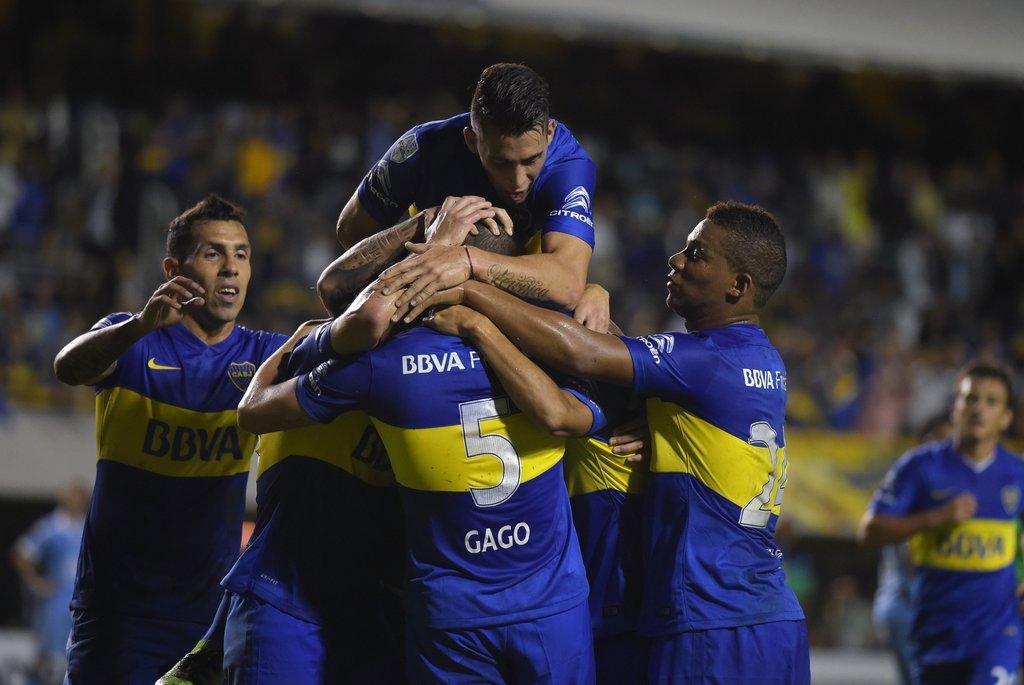 Boca derrotó al Bolivar y recuperó terreno