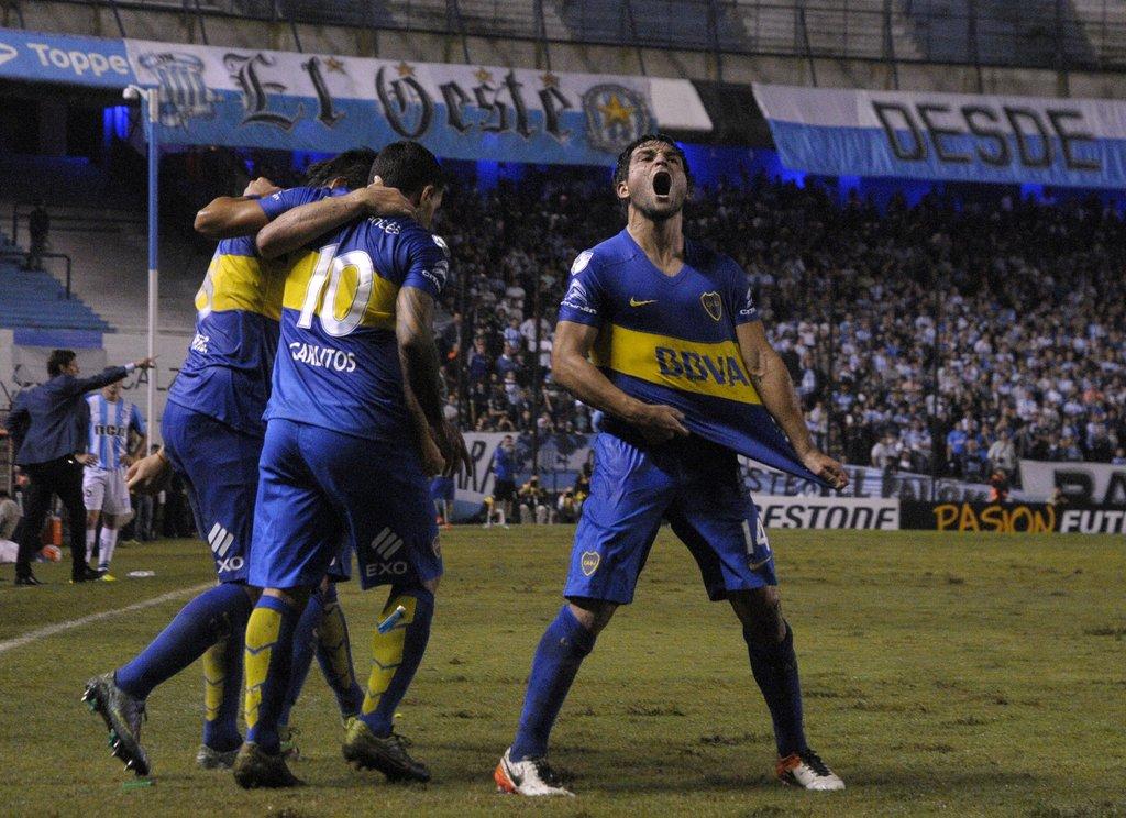 Boca pegó sobre el final y clasificó a octavos Copa Libertadores
