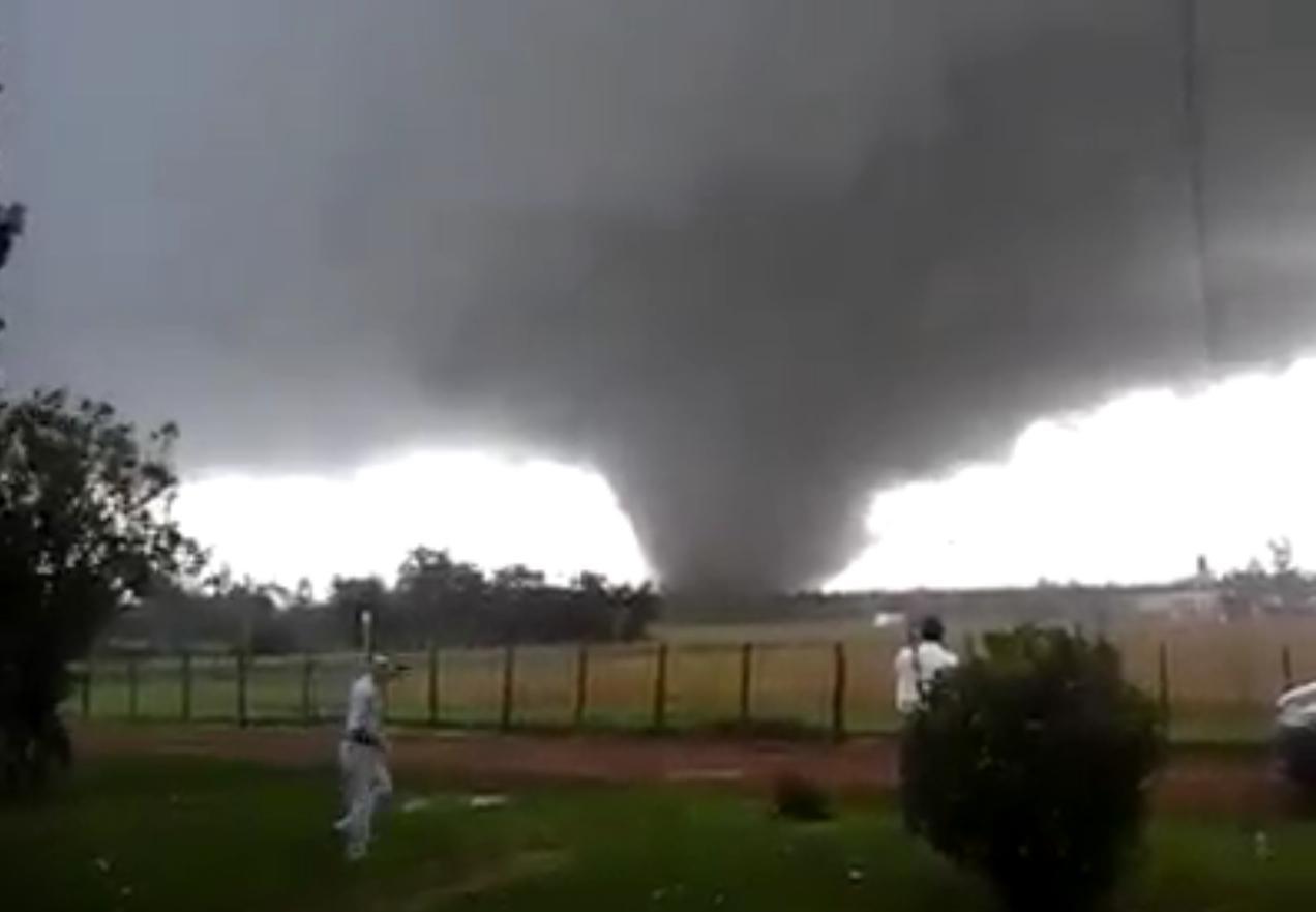 Tornado en Uruguay dejó al menos dos muertos y varios heridos