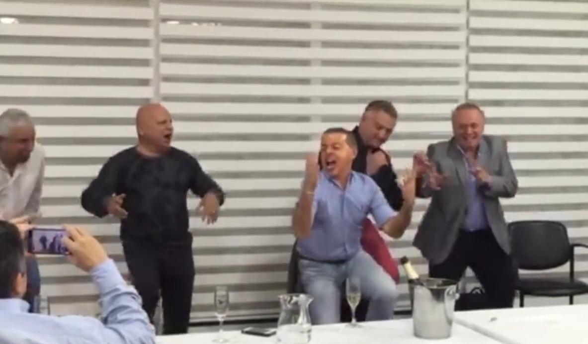 El baile del juez Oyarbide fue furor en las redes