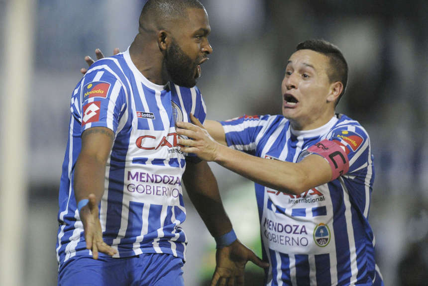 Godoy Cruz venció a Quilmes y le mete presión a San Lorenzo