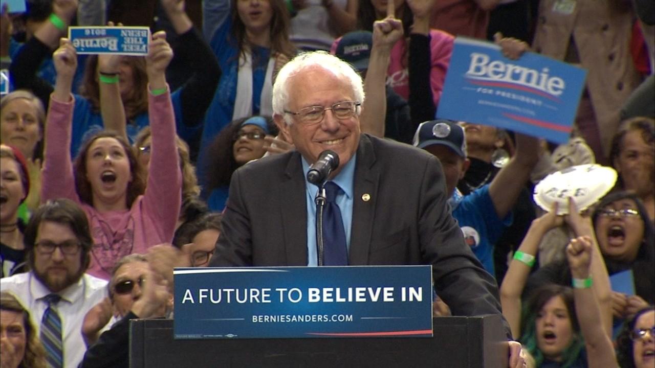 Sanders ganó en Oregon y llega con chances a la definición en California